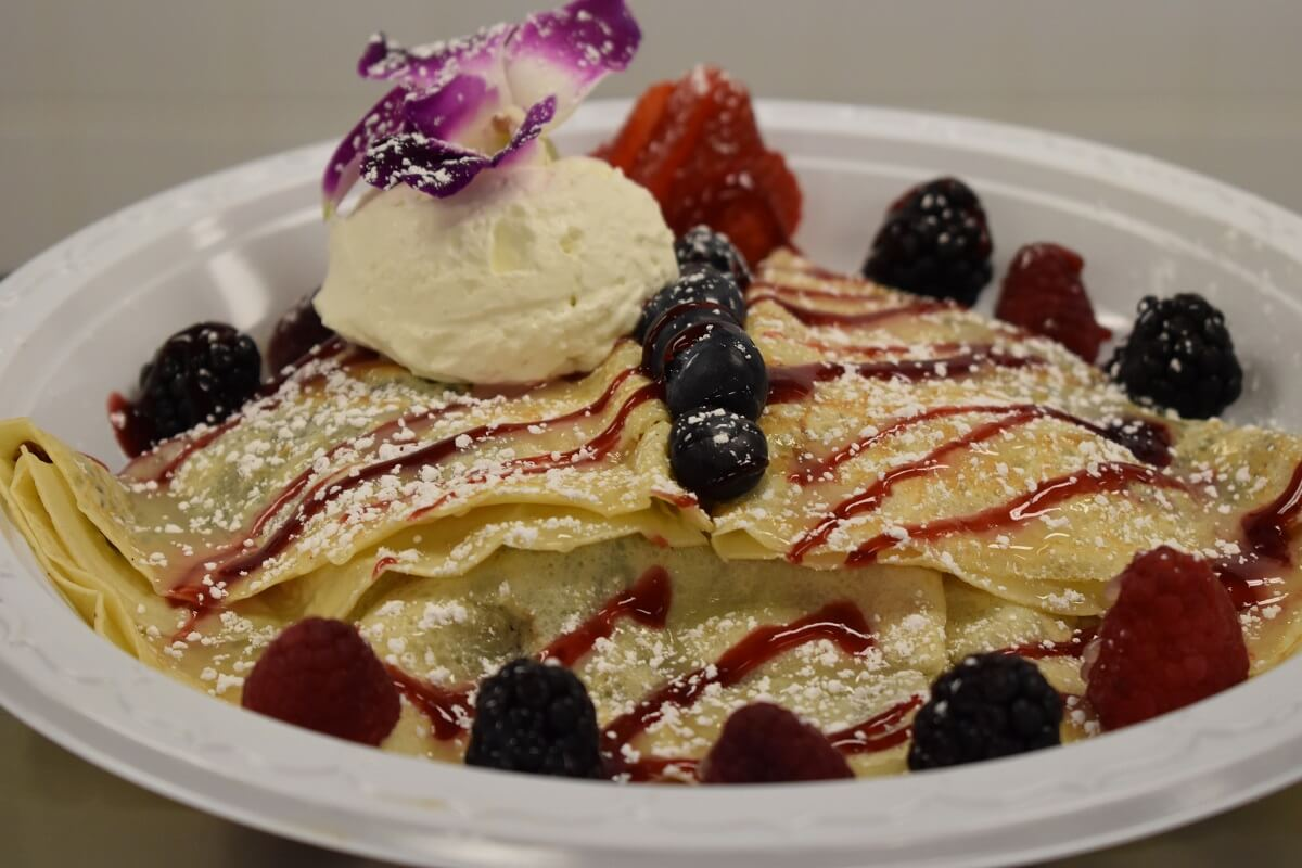 Lakeside Berry Sweet Crepe